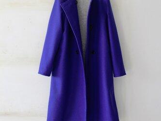 """【冬NEW】ウール100%ダブルボタンのノーカラーコート """"艶やかなロイヤルブルー""""の画像"""