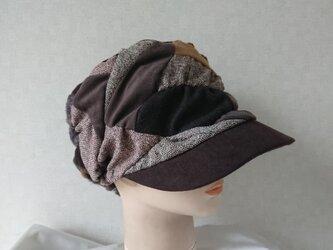 魅せる帽子☆布遊びのふわもこキャスケット~ブラウンの画像