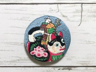 手刺繍浮世絵ブローチ*月岡芳年「猫鼠合戦」よりの画像