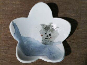 花形小皿(照れナス)の画像