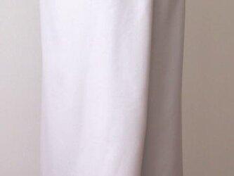 巻きスカート風キュロットパンツA(オフ白系のグレイ)の画像