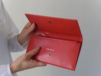 スムースレザーで作ったシックな長財布 - Long Wallet - レッド - :カレン クオイルの画像