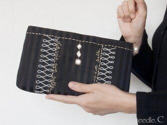刺繍模様のクラッチバッグ フランス製生地 2way可能 パーティー バッグインバッグ ポーチの画像