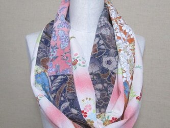 着物リメイク 3重巻き出来る縮緬、辻ヶ花模様などの正絹着物からロングスヌードの画像