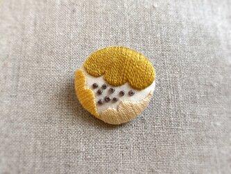 【受注制作】〈新色〉まるいお花ブローチ(yellow)の画像