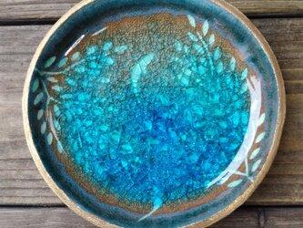 空色みずたまり小皿 枝葉と魚 no.39の画像