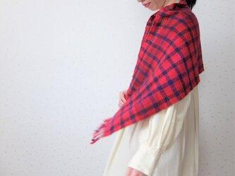 手紡ぎ・手織り 赤と紺のチェックミニストールの画像