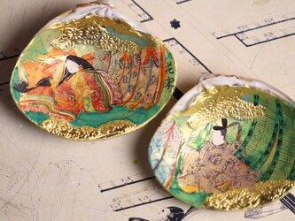 幅8cmのハマグリに、初節句祝いの源氏物語「花宴 はなうたげ」をオーダーメイドで制作。の画像