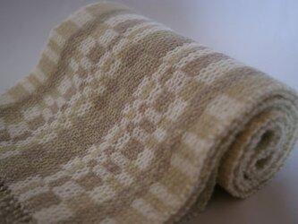 昼夜織り・草木染マフラー(白・グレー・黄緑)の画像
