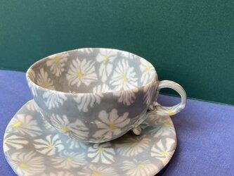 マーガレットのカップの画像