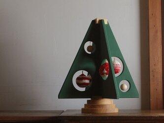 木とウールのクリスマスツリー_01の画像