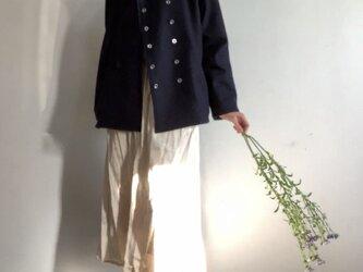 マニッシュなのに女らしい メルトンコート 濃紺の画像