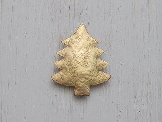 ブローチ「もみの木」の画像
