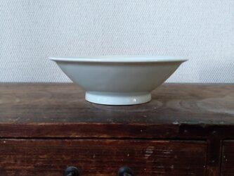 青白磁 リム鉢の画像