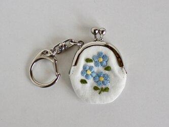 水色の小花 手刺繍ミニがまぐちの画像