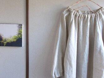 リネンゴムギャザーブラウスの画像
