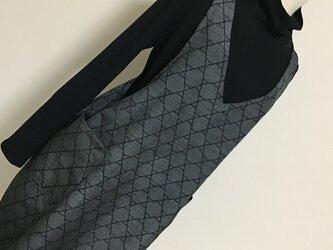 0125   着物リメイク L寸法の Vネックジャンバースカート    十日町紬  の画像