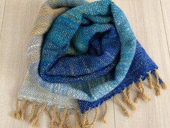 手紡ぎ糸の手織りストール[青グラデーション]の画像