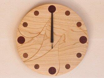 無垢の木の電波掛け時計 せん 0011の画像