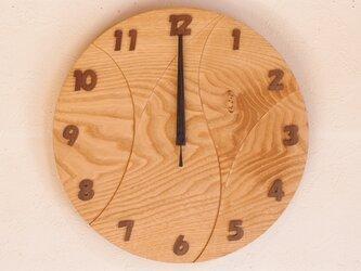 無垢の木の電波掛け時計 くり 0062の画像