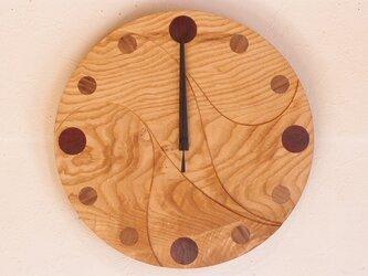無垢の木の電波掛け時計 くり 0063の画像
