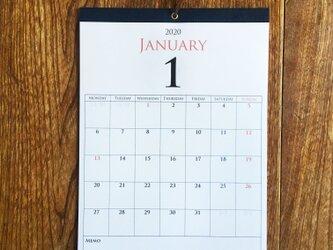 *2020年1月始まり 壁掛けカレンダー 大きめ*【上質紙 白/A3/ネイビーテープ/切取式】の画像