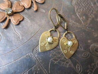 ハートロックピアス パール pierced earrings heart lock pearl <PE2-1219>の画像