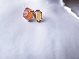 K10 Spessartine Garnet Asymmetry pierceの画像