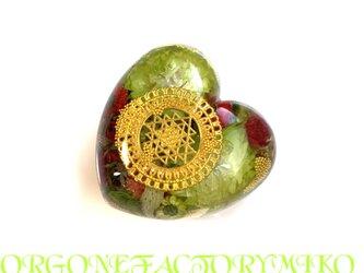 ♡物質面・精神面でも豊かな富をもたらすシュリヤントラ ケオン 金運 愛情 ポジティブ ハート型 オルゴナイトの画像