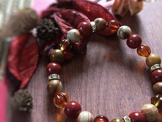 天然石ブレスレット075 alive アンティーク 赤 秋 金 プレゼント 記念日 誕生日 ファッションの画像