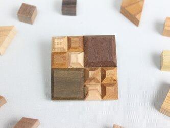 【新作】Wood Crystal スクエアブローチの画像
