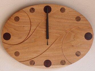 無垢の木の電波掛け時計 クルミ 0015の画像