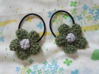 【手縫い屋】編み編み花ヘアゴム☆カーキ色☆ウール100%の画像