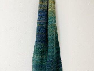 手紡ぎ糸の手織りマフラー[深緑グラデーション]の画像