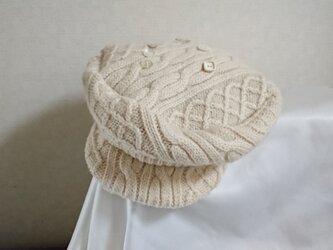 魅せる帽子☆アラン模様が素敵♪ウールニットのキャスケット~アイボリーの画像