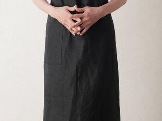 リネン100% シャーリングエプロン ブラックの画像