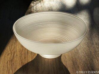 無色透明つや消しガラスの器 -「 The Vessel of Light - 月明かりの器 」● 直径15cmの画像