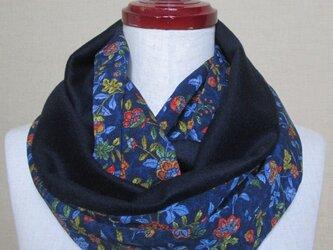 着物リメイク 上質なカシミヤ100%×唐草模様の縮緬から作った素敵なスヌードの画像