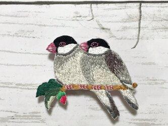 手刺繍日本画ブローチ*平福百穂「文鳥」よりの画像