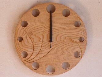 無垢の木の電波掛け時計 くり 0068の画像
