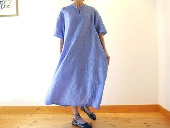 コットンリネン スタンドカラー オーバーサイズワンピース ブルー 春夏物の画像
