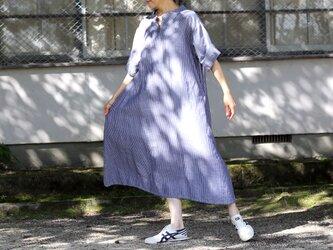 コットンリネン スタンドカラー オーバーサイズワンピース グレー 春夏物の画像
