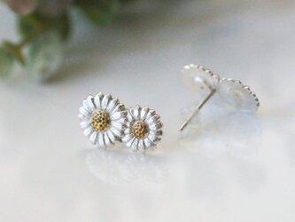 2輪のデイジーピアス Silver 片耳の画像