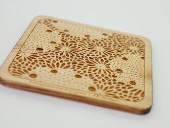 木製コースター 熊谷型紙 菊・雪輪の画像