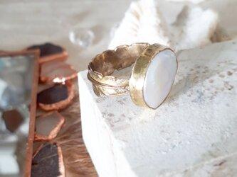 【15号】brass coin pearl ringの画像