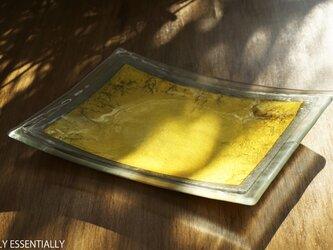 ガラスの角皿 -「 金色のガラス 」● 幅約28cmの画像