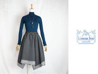 シルバードットのイレギュラースカートの画像