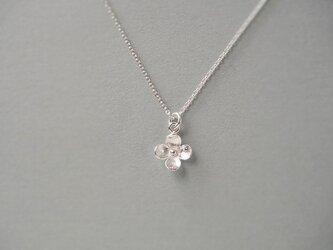 silver925 花ペンダントの画像