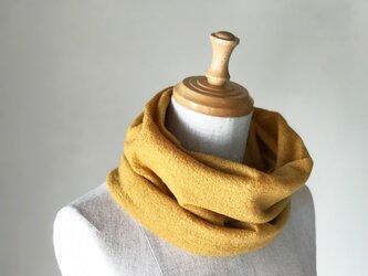 縮絨Woolの筒編みふっくらねじりスヌード Musterdの画像