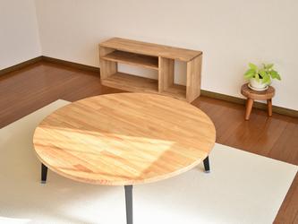 100cmの大きな丸テーブルの画像